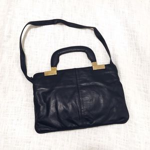 Handbags - vintage leather purse